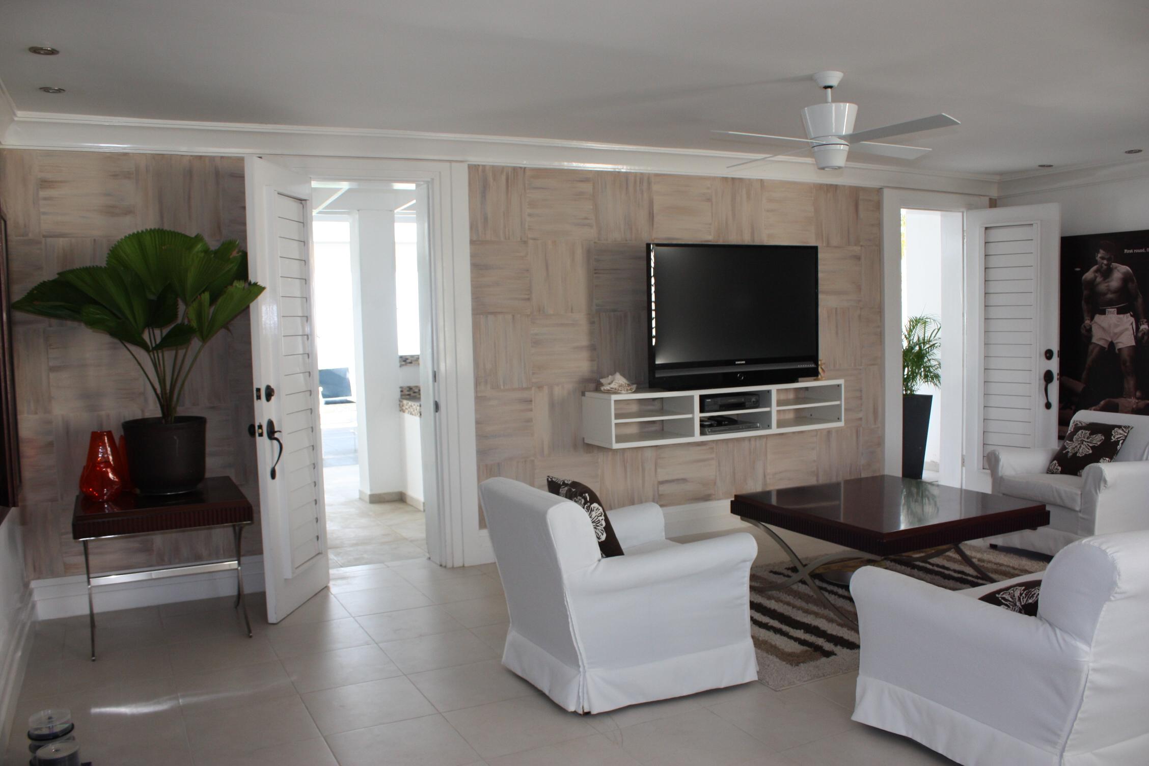 Jamaican Villa Media room